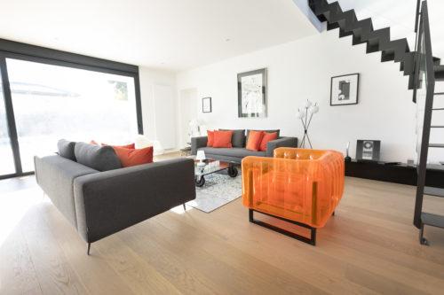 MOJOW - YOMI Fauteuil orange interieur 1-jpg