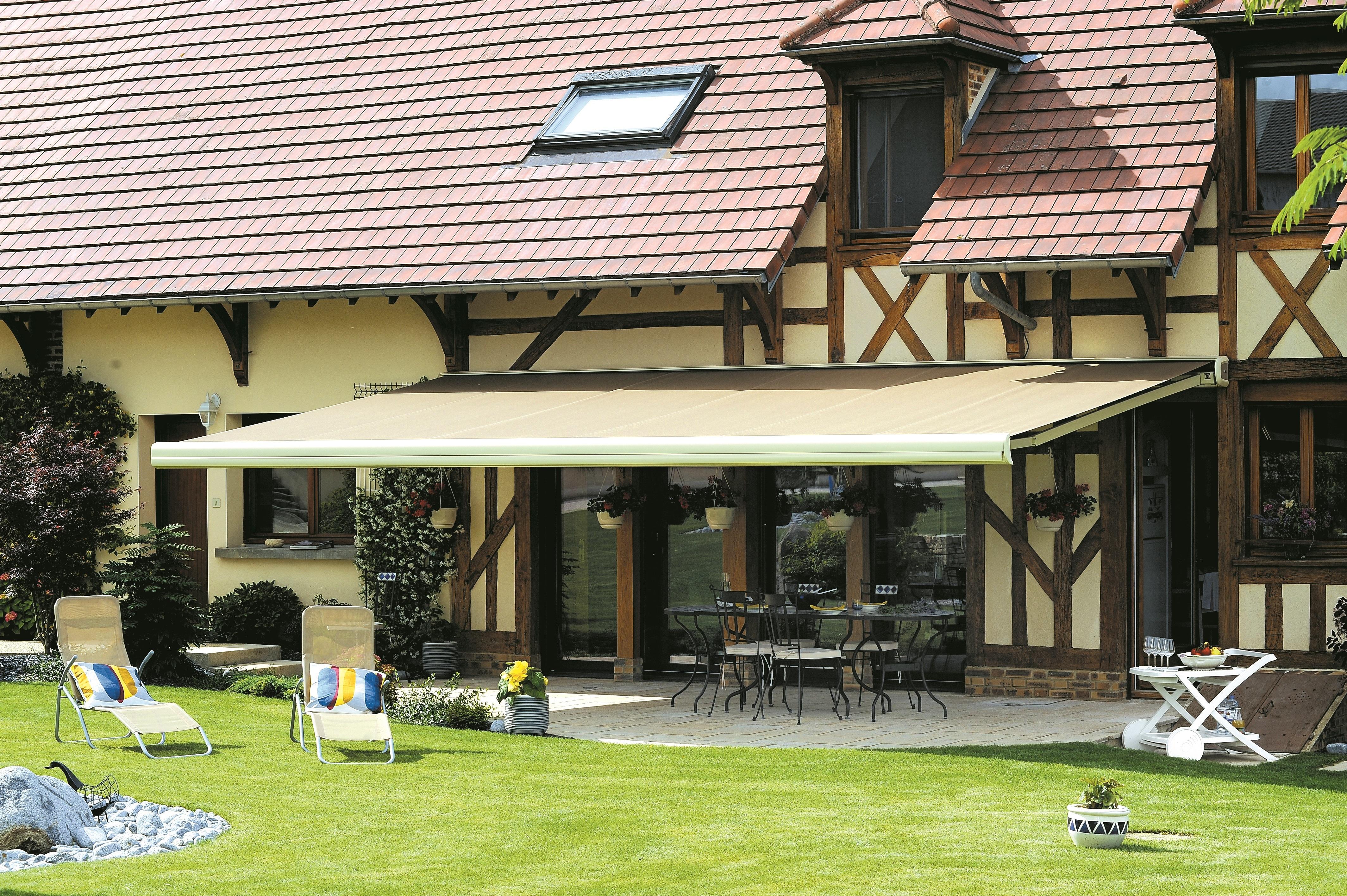 Terrasse Bois Et Fer spécial stores bannes 10 terrasses qui donnent envie d'être