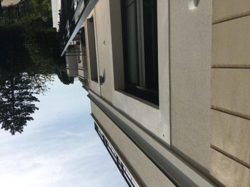 S2F – Store banne Sierra balcon – AVANT-JPG